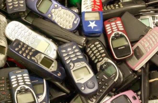 En Colombia hay celular para botar a lo alto