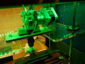 La masificación de la impresión 3D podría tener importantes consecuencias en el mundo de los negocios. Foto: Kakissel (vía Flickr)
