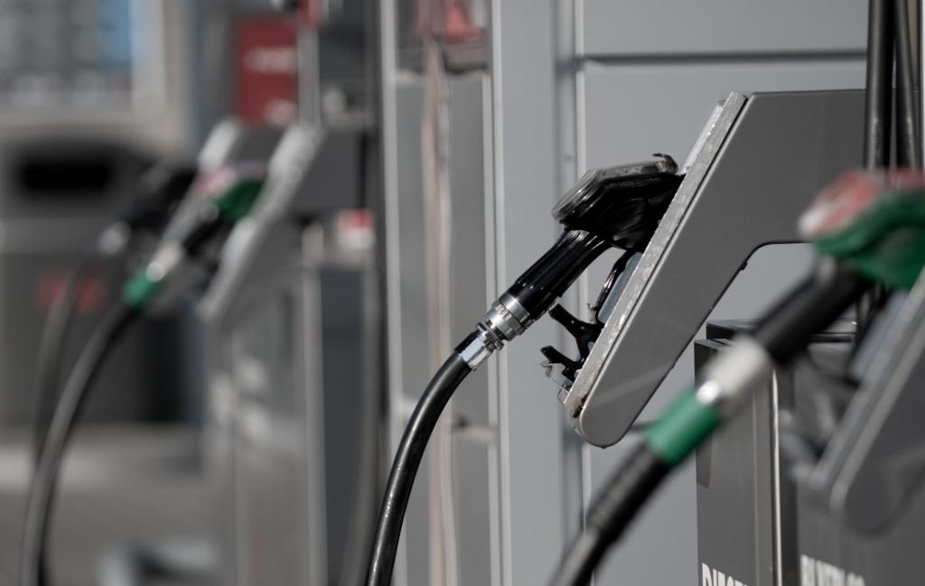 ¿En qué escenarios es mejor usar gasolina extra que corriente?