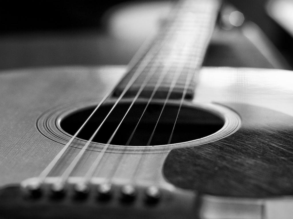 Aprender a tocar guitarra aplicaciones blogs y cursos