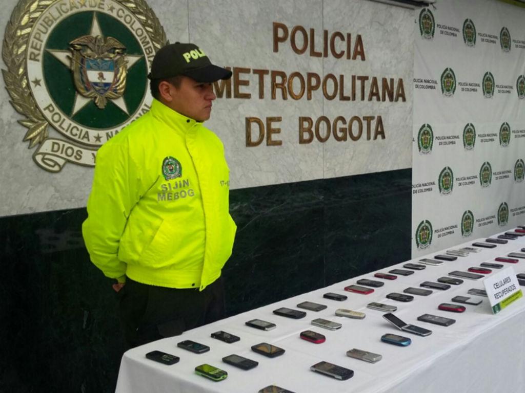 Inició la jornada de devolución de celulares robados.