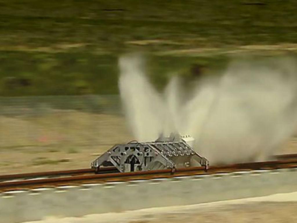 Ayer se probó el motor a propulsión que moveía el transporte en tierra más rápido del mundo.