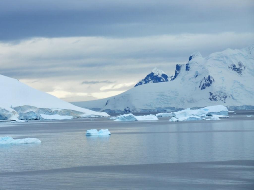 La Antártida tiene sus propios procesos, distintos al del Ártico.