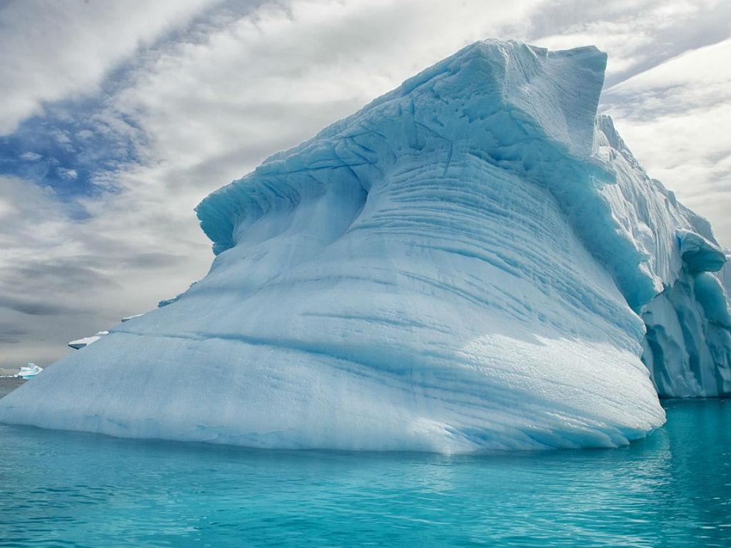 El calentamiento global afecta, a su manera, el comportamiento de la Antártida.