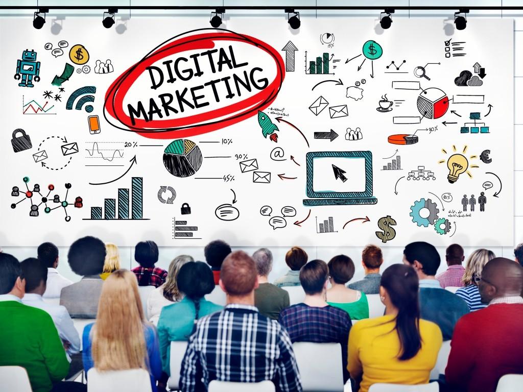 Los negocios digitales necesitan de muchos especialistas y profesionales.
