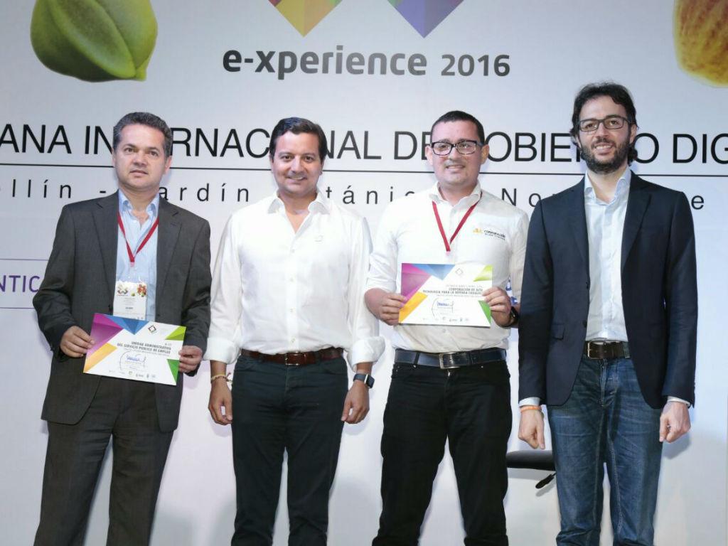 El Ministerio TIC hizo entrega de los Premios Índigo 2016.