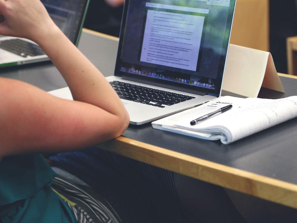 Los cursos en línea de Coursera más preferidos por los colombianos son orientados por universidades como la Universidad de los Andes y la UNAM.