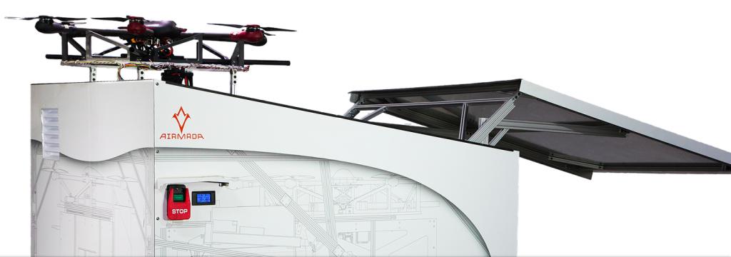 Los drones de seguridad funcionan de manera autónoma y pueden vigilar las instalaciones que desees.