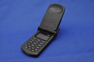 El StarTAC, uno de los celulares más vendidos en la historia, data de 1996.