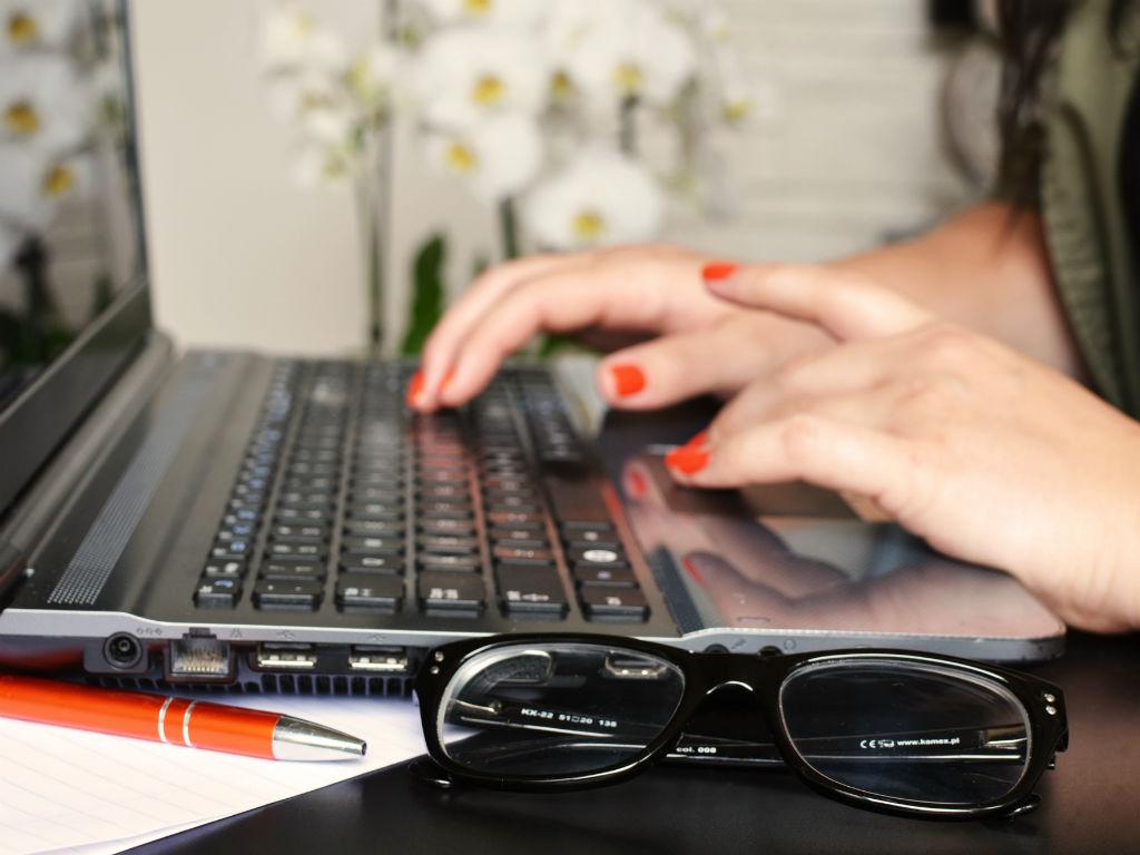 Búsquedas avanzadas y filtros son algunos de los trucos de Excel que más te ahorrarán tiempo.
