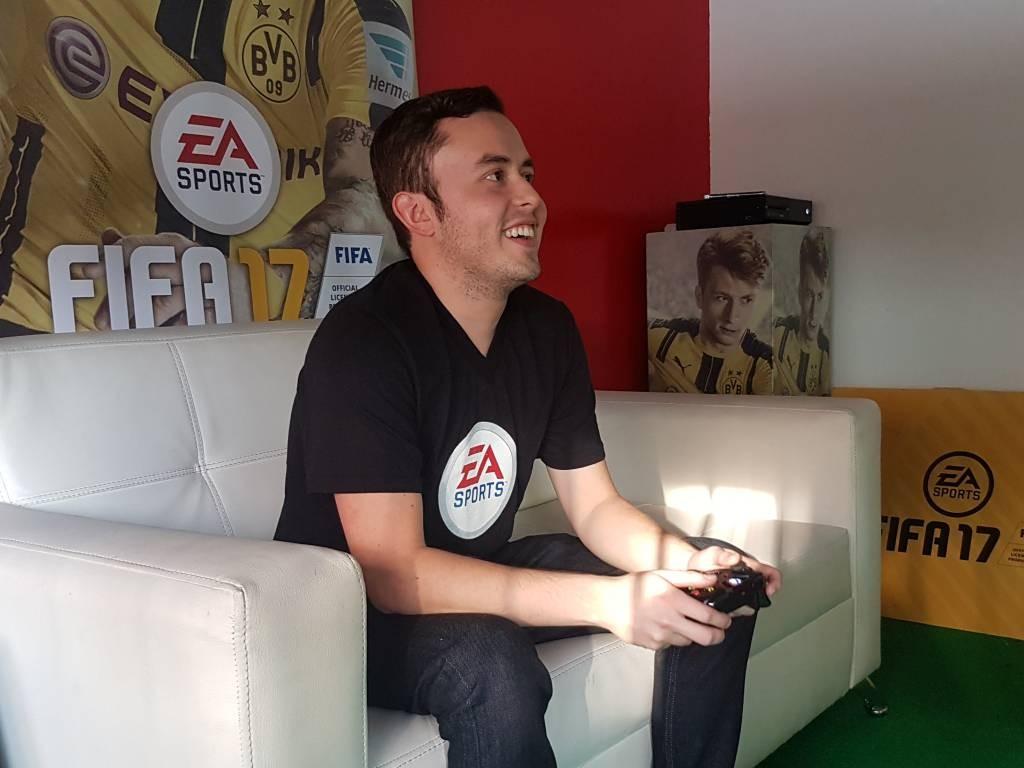 Este es Javier Muñoz, el colombiano que nos representa en la final del EA Sports FIFA 17 Ultimate Team.