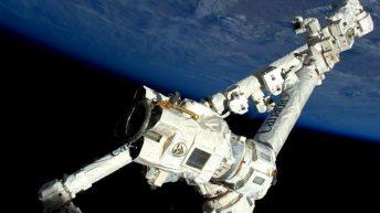 imagen caminata espacial