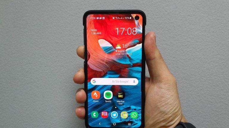 Samsung Galaxy S10e tamano