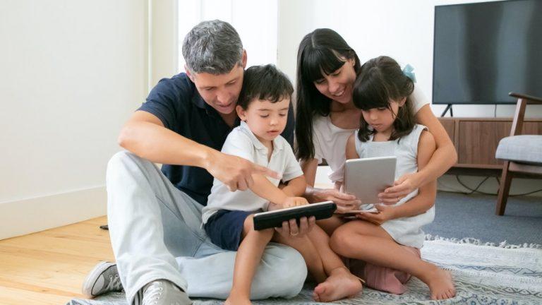 Padres vida digital sus hijos