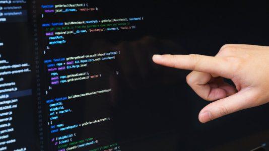 Tercerizar software de una startup