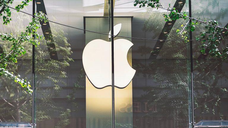 Apple Q1 2021