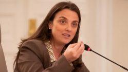 ministra de las TIC