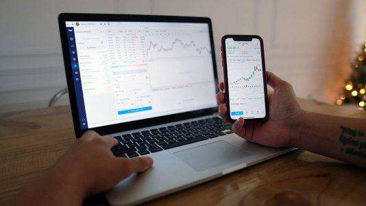 wealthtech, fintech, bolsa valores, trii, tradersclub, traders