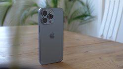 El aumento en la oferta de chips ha generado atrasos en los pedidos. Apple es una de las empresas afectadas.